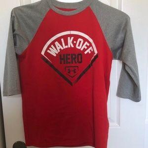 Under Armour Youth Boys XL Shirt
